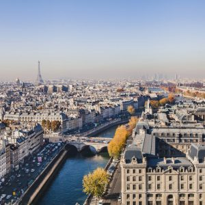 Profitez du change euro – dollar pour investir dans l'immobilier français