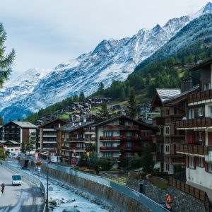 La transaction immobilière vue de… Suisse